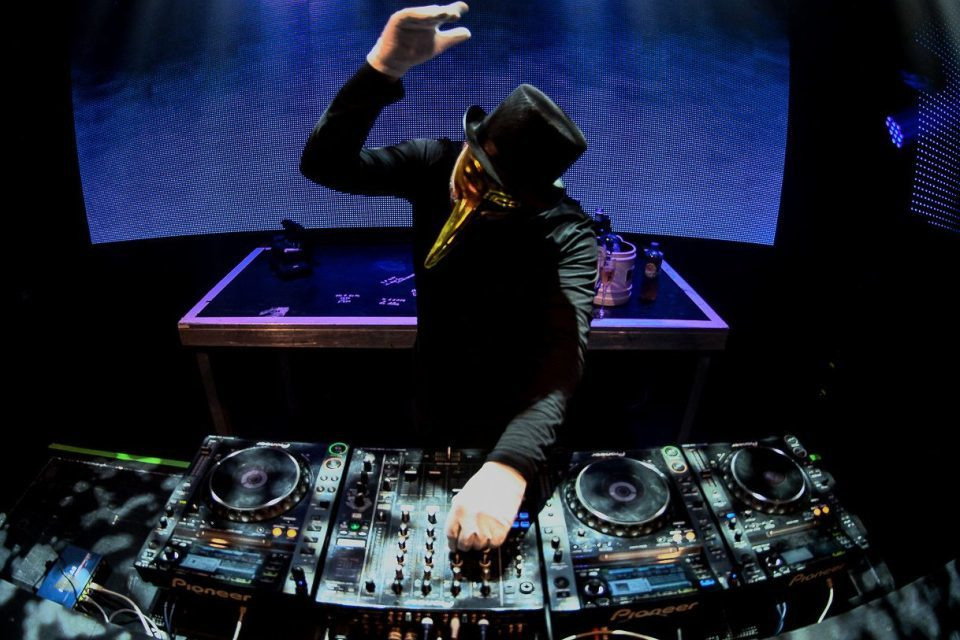 "<span class=""entry-title-primary"">The enigmatic Claptone shares ten hot tracks rocking summer 2019</span> <span class=""entry-subtitle"">The masked house music maestro shares some amazing music with us which have been rocking his sets this summer</span>"